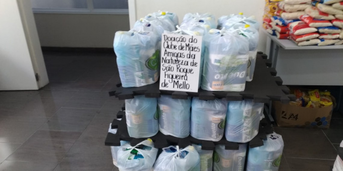 50 kits de material de limpeza e higiene - Clube de Mães Amigas da Natureza de São Roque