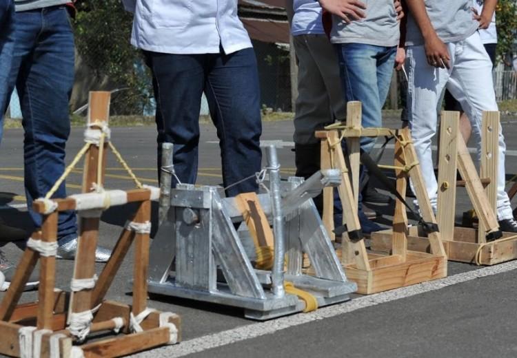 Uma das tarefas do Rally Científico realizado no Campus Universitário de Farroupilha