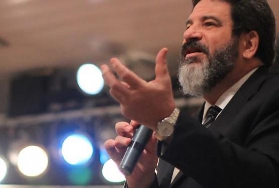 """O filósofo e doutor em educação de 63 anos explanará em Garibaldi sobre o tema """"Qual é a sua obra?"""""""